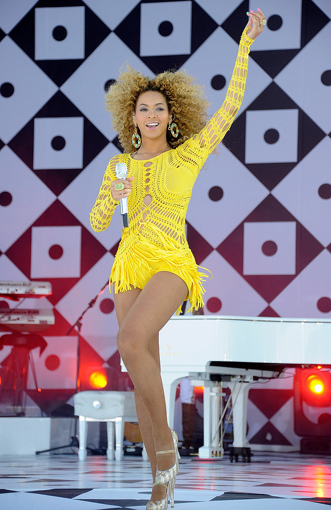 Beyoncé Knowles Heats Up Central Park With an Early Morning Show!