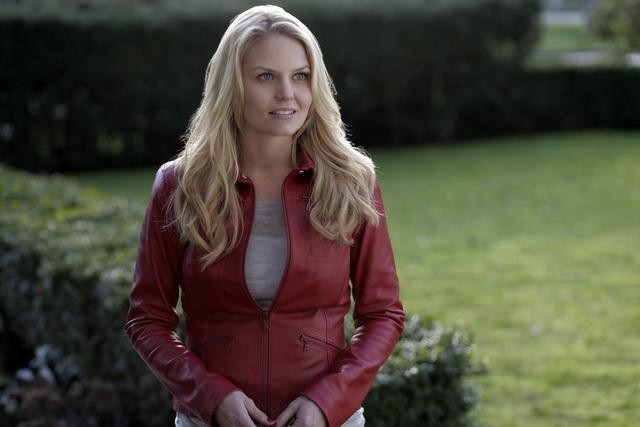 Jennifer Morrison on ABC's Once Upon a Time.  Photo copyright 2011 ABC, Inc.