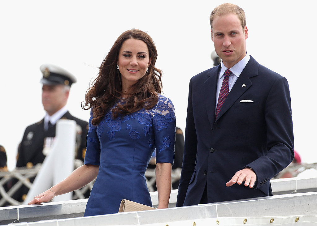 Kate Middleton looked lovely as she and Prince William stepped off the ship.