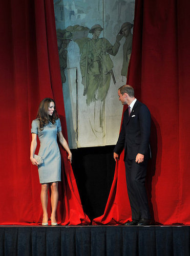 Kate Middleton and Prince William unveiled a mural by Augustus John at the Canadian War Museum.