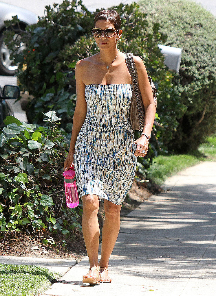 Halle Berry carried her own water bottle.
