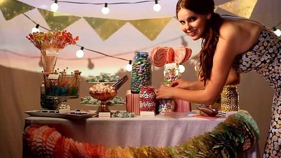 Create the Perfect Wedding Candy Buffet