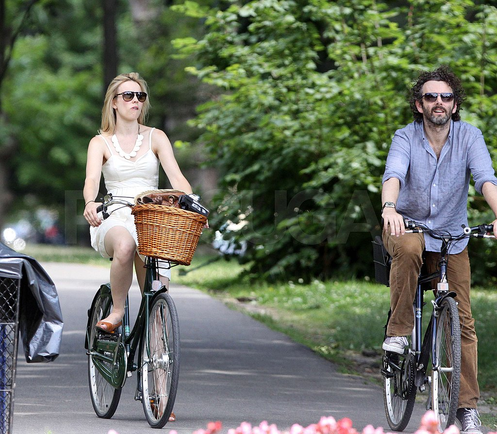 Rachel McAdams and Michael Sheen rolled through the park.