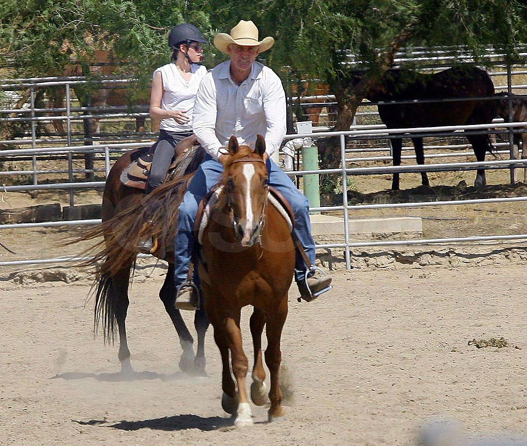 Kristen Stewart got horseback riding lessons.