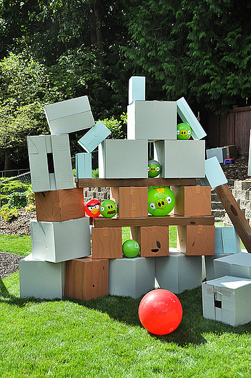 Life-Size Angry Birds Party Games