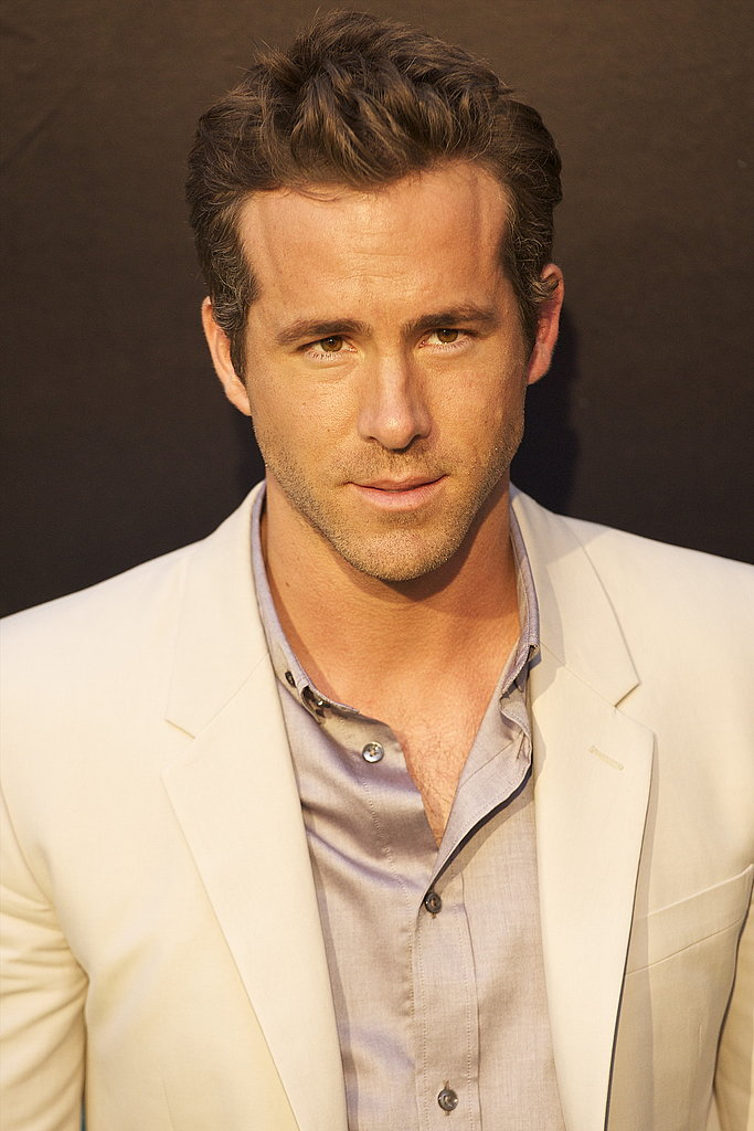 Ryan Reynolds looked dapper on the red carpet.