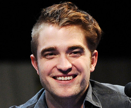Robert Pattinson Debuts His Haphazard Haircut at Comic-Con