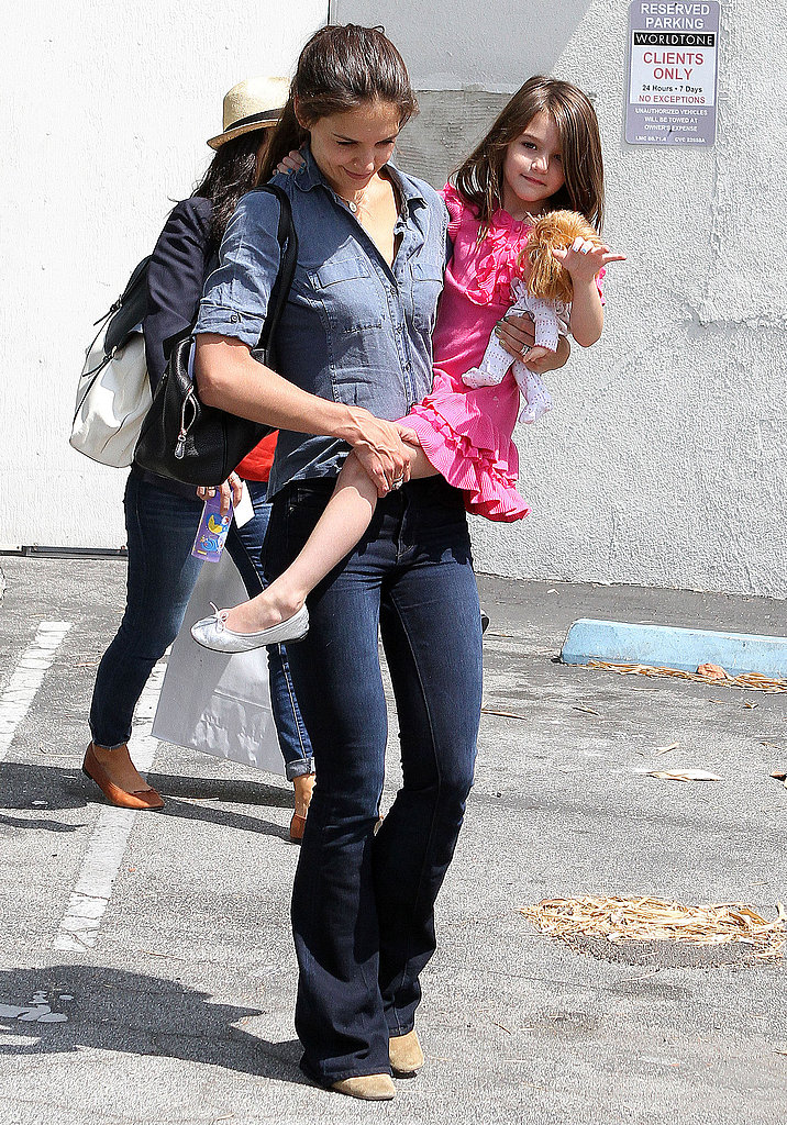 Katie Holmes and Suri Cruise shop.