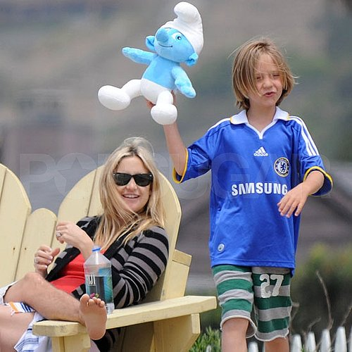 New Mom Kate Hudson Pictures on the Beach With Matt Bellamy