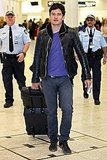 Orlando Bloom traveled in jeans.