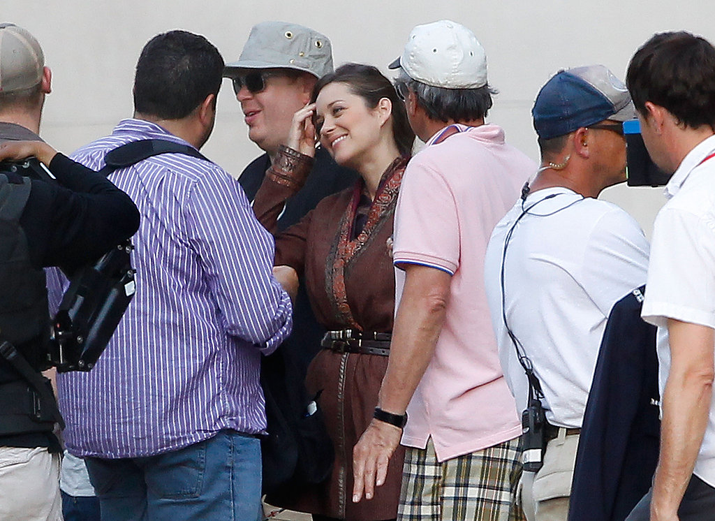 Marion Cotillard shooting in Pittsburgh.