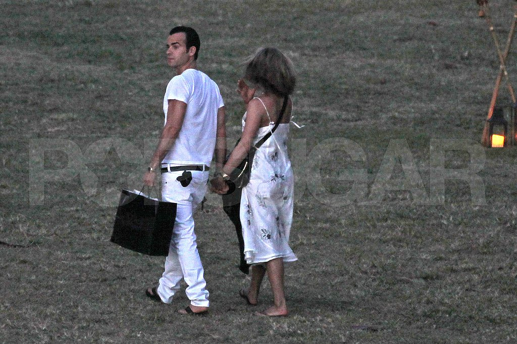 Jennifer Aniston and Justin Theroux together in Hawaii.
