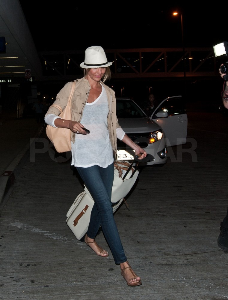 Cameron Diaz looked casual in her travel gear.