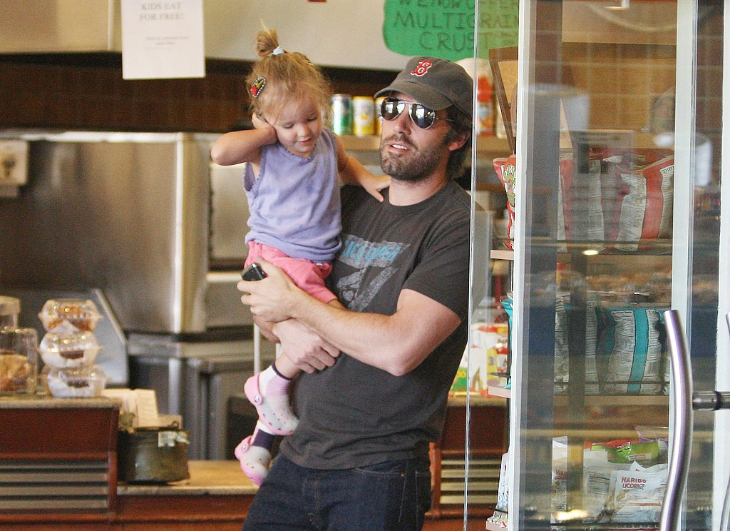 Ben carried his adorable daughter Seraphina.