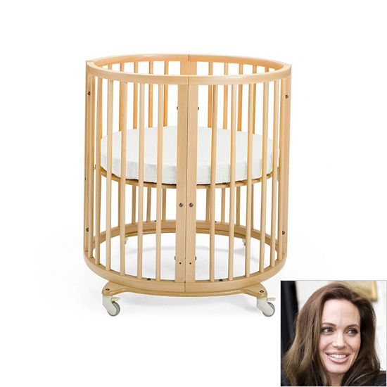 Angelina Jolie: Stokke Sleepi ($718)