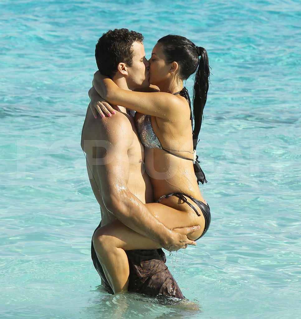 In June Kim and Kris escaped to Bora Bora, where they showed PDA and soaked up the sun with Kim's family.