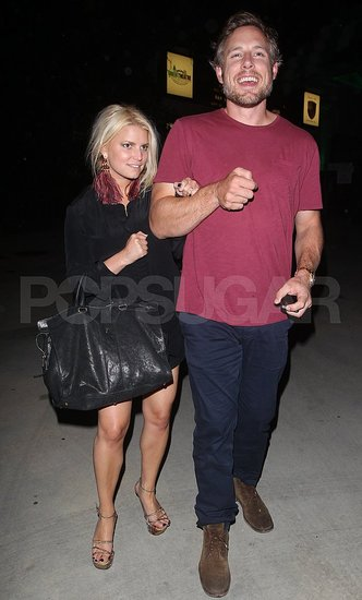 Jessica Simpson and Eric Johnson PDA.