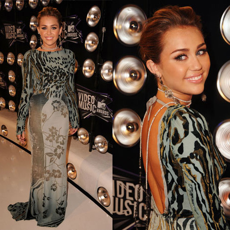 Miley Cyrus at 2011 MTV VMAs