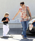 Pregnant Jennifer Garner Is on the Go With Violet and a Pal