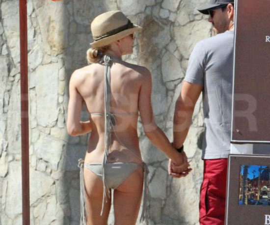 LeAnn held Eddie's hand in Mexico during a December getaway in 2010.