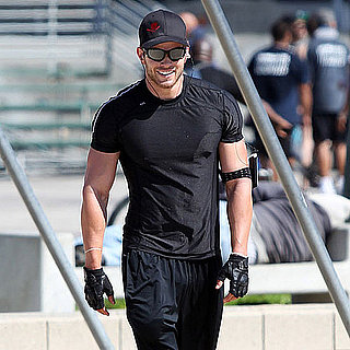 Kellan Lutz Doing Push-Ups in LA Pictures