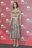Keira Knightley wears Mary Katrantzou.