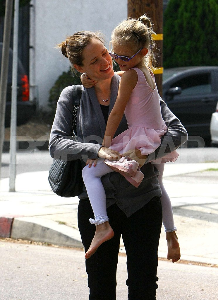 Jennifer Garner gave Violet Affleck a lift.