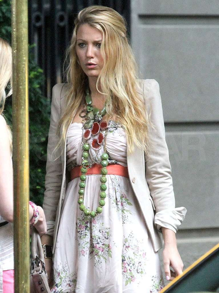 Gossip Girl shot outdoors in NYC today.