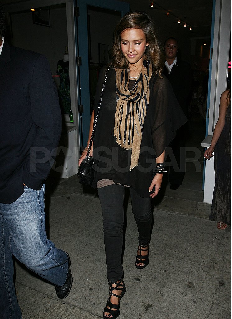 Jessica Alba out during Fashion Week.