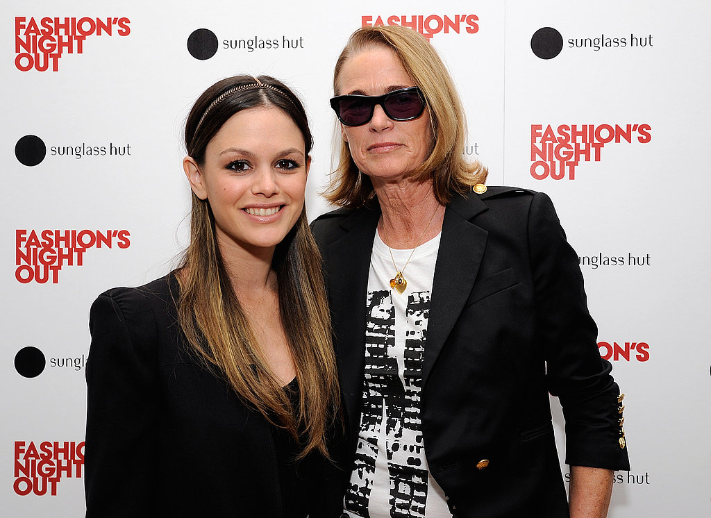 Rachel Bilson smiled with Lisa Love on Fashion's Night Out.