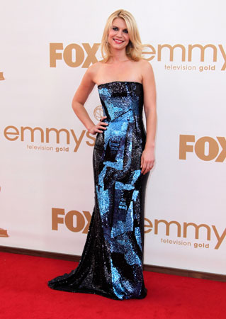 Claire Danes, who stars in the upcoming Showtime series Homeland, struck a pose on the red carpet.