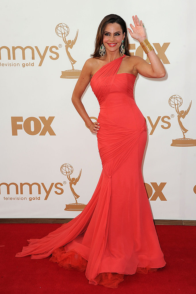 Sofia waved to photographers on the red carpet at the Emmy Awards.