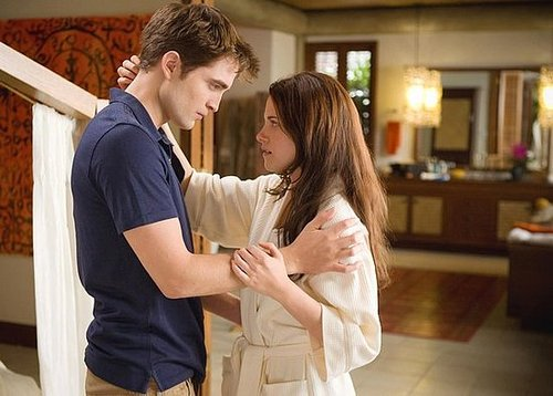 "A New Official Edward-Bella ""Breaking Dawn"" Pic HQ"