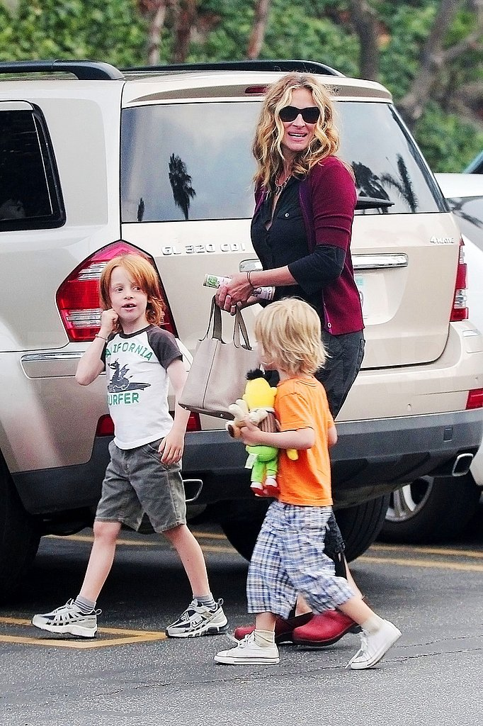 Julia Roberts's sons Phin and Henry.
