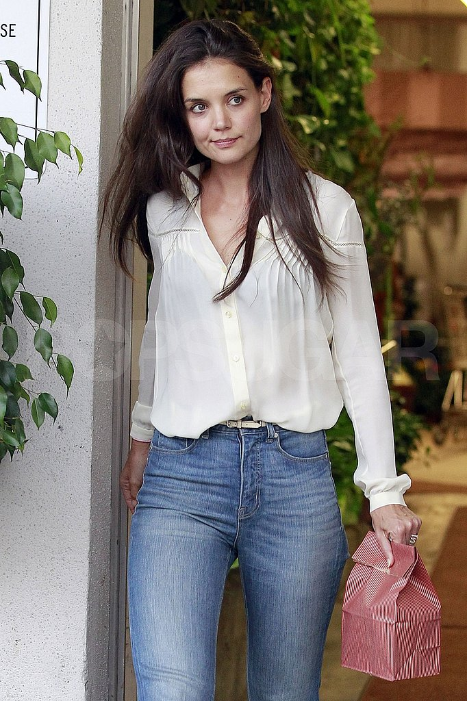Katie Holmes with long, brown hair.