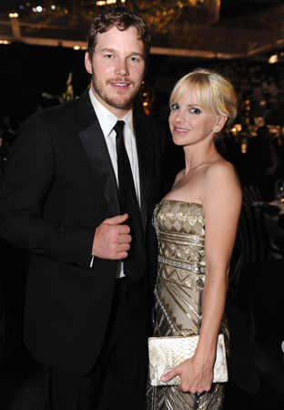Chris Pratt and Anna Faris posed for photographers at the Governors Ball.