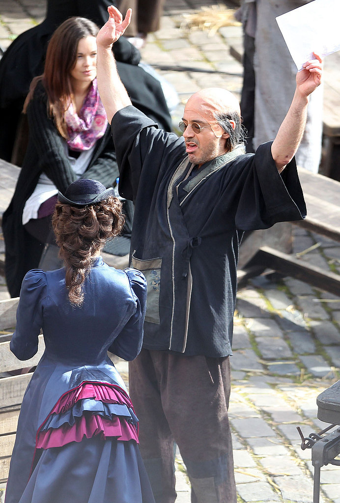 Robert Downey Jr. wore a bald cap on his head.