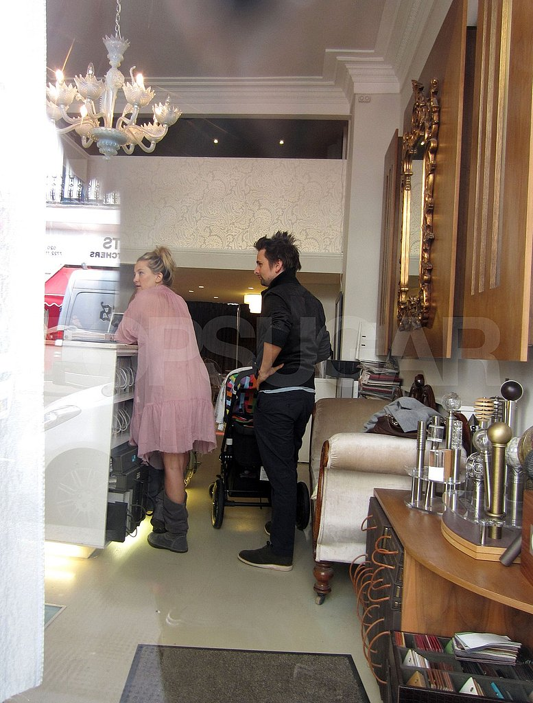Kate Hudson and Matt Bellamy shopping in London.