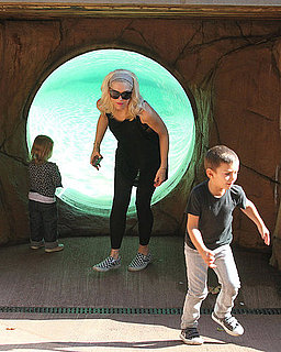 Gwen Stefani With Kingston and Zuma at Zoo Pictures