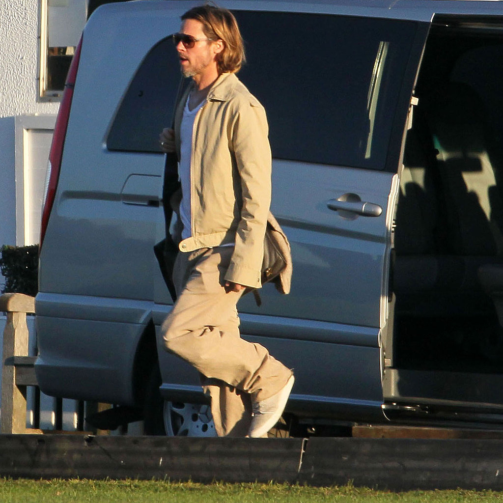 Brad Pitt in a khaki ensemble.
