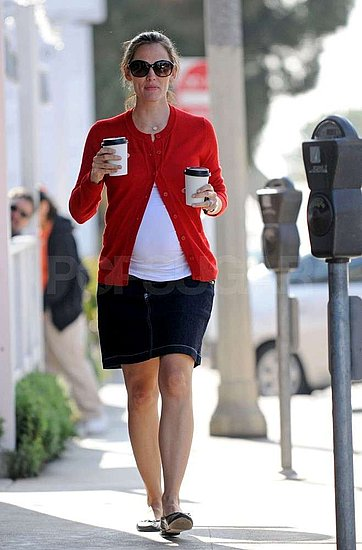Jennifer Garner Juggles Pregnancy, Producing, and Two Hot Drinks