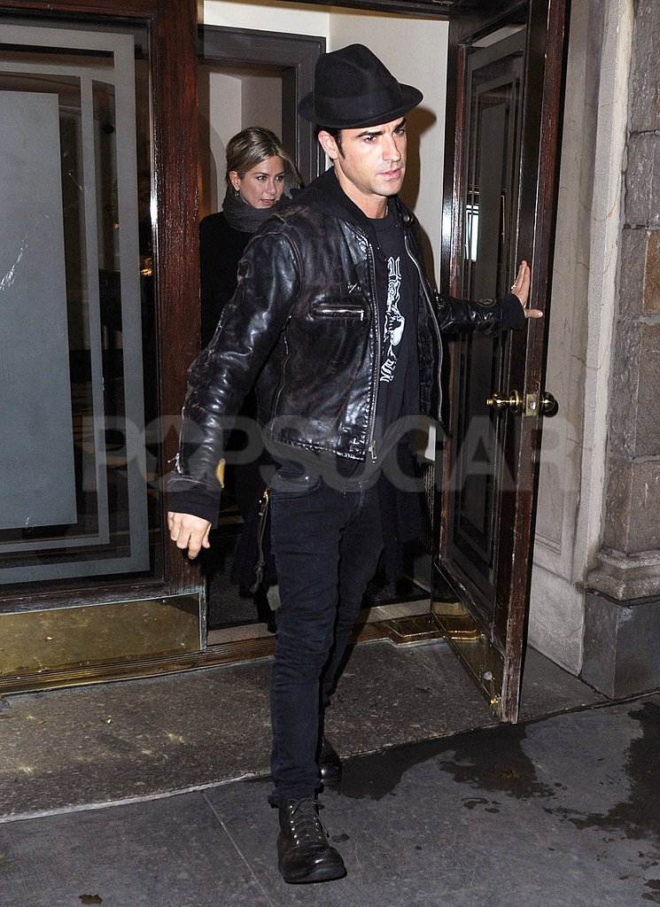 Jennifer Aniston and Justin Theroux wear black in NYC.