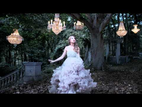 Taylor Swift Wonderstruck Fragrance Video