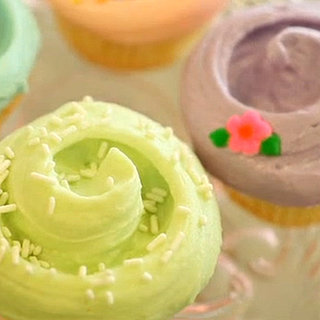 Easy Ways to Frost Cupcakes
