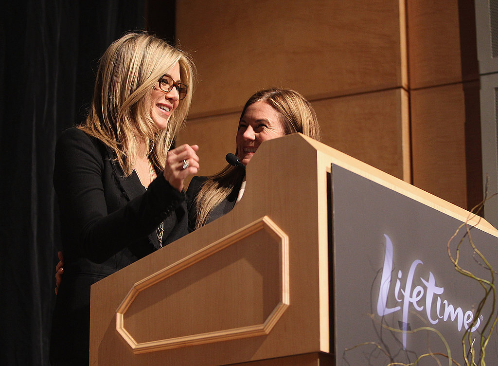 Jennifer Aniston speaks to a crowd before DC screening of Five.