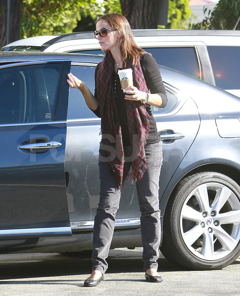 Jennifer Garner grabbed a big cup from her car in LA.