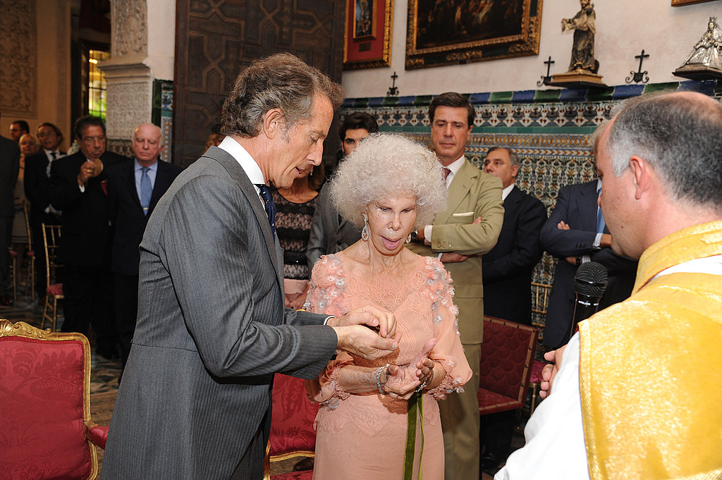 The Duchess of Alba and Alfonso participate during the ceremony.