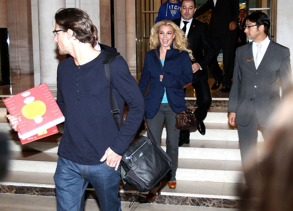 Britney Spears was happy to be greeted by fans on her way to her concert in Paris.
