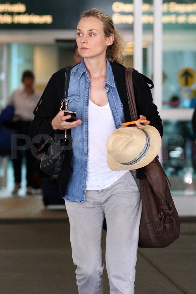 Diane Kruger goes up North to spend Canadian Thanksgiving with Joshua Jackson, who's shooting Fringe there.
