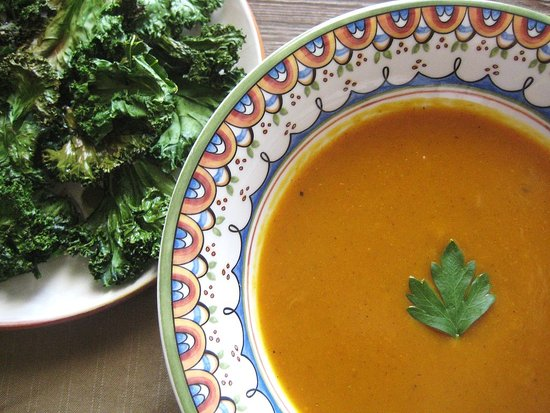 Curried Pumpkin Soup & Kale Chips